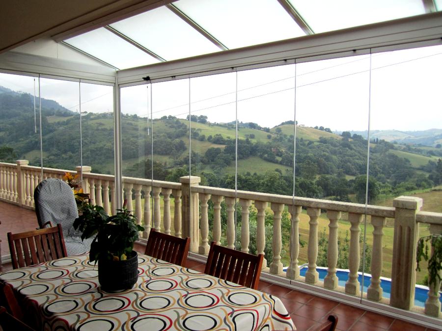 Foto cerramiento de terraza en alto la madera asturias - Techos de vidrio para terrazas ...