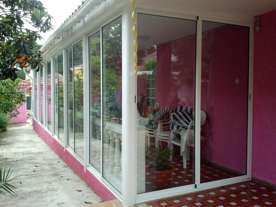 Cerramiento de Terraza grande con ventanales Climalit