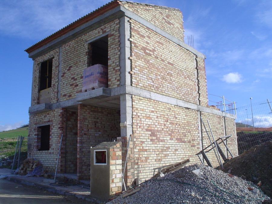 Foto cerramiento exterior de construcciones j m gregori for Jm decoracion granada