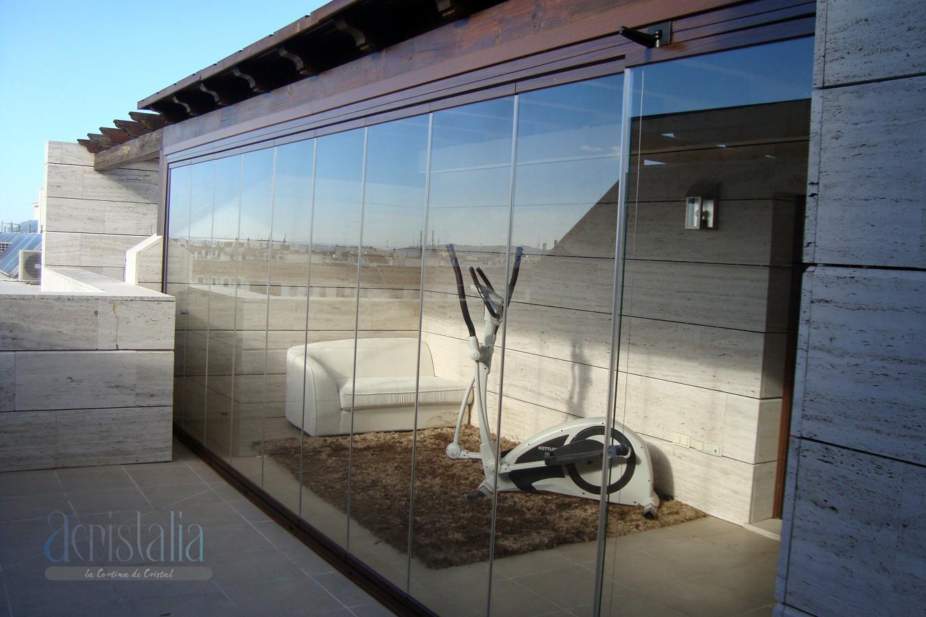 Foto cerramiento sin perfileria de dalucar 211066 for Cerramiento terraza cristal precio