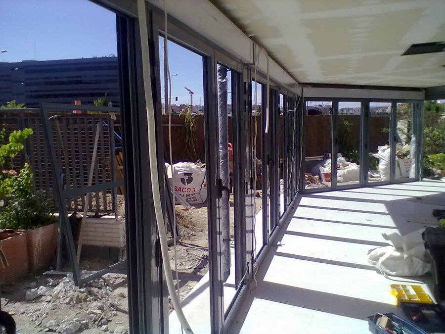 Foto cerramientos de porches de aluminios jada s l for Cerramiento de porches