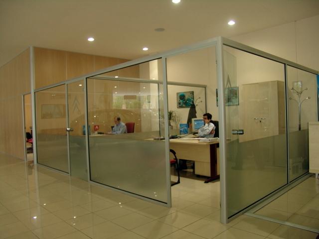 Foto cerramientos para oficinas de ofix bcn 328523 for Cerramientos oficinas