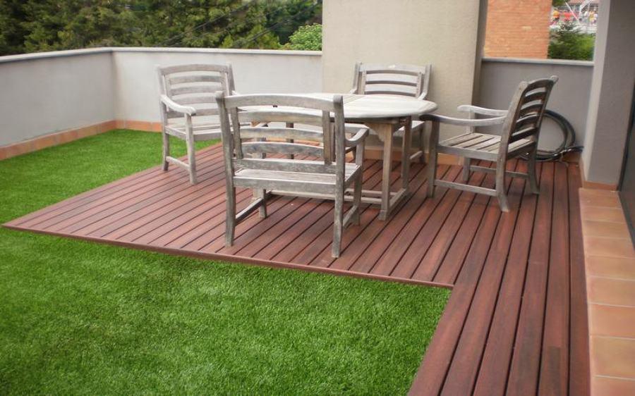 Foto c sped artificial terrazas de c sped y - Cesped artificial para terrazas ...