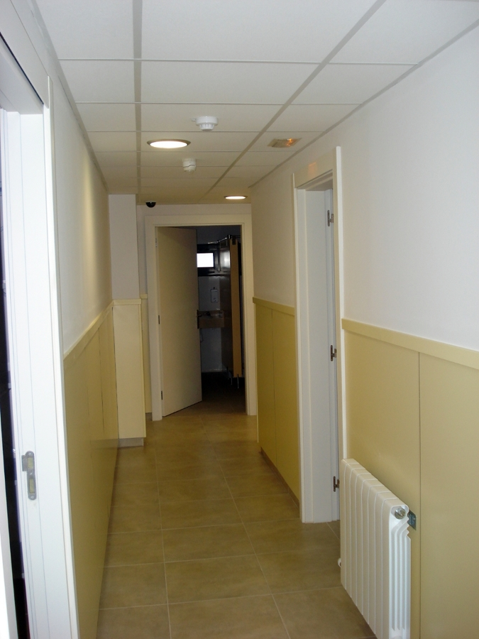 Chapado con Melamina en paredes interiores