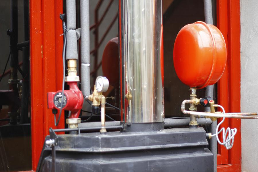 Foto chimenea de le a insertable para calefacci n de - Chimenea para calefaccion ...