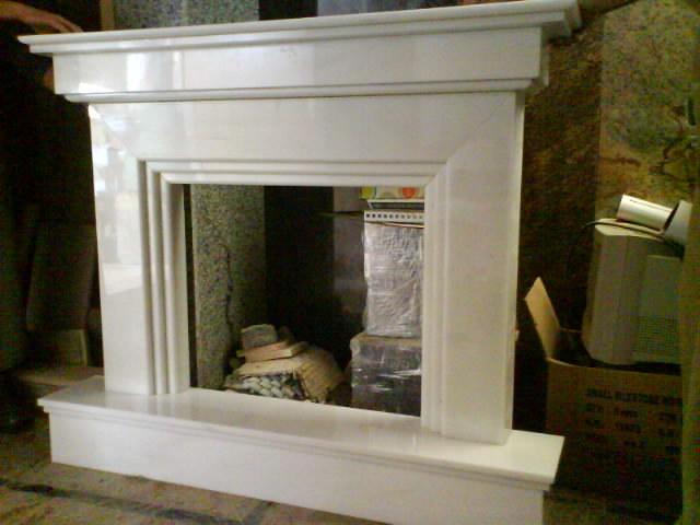 Foto chimenea de marmol blanco macael de m rmoles y for Marmol blanco real