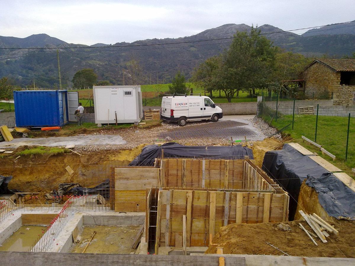 Cimentación y muros perimetrales.