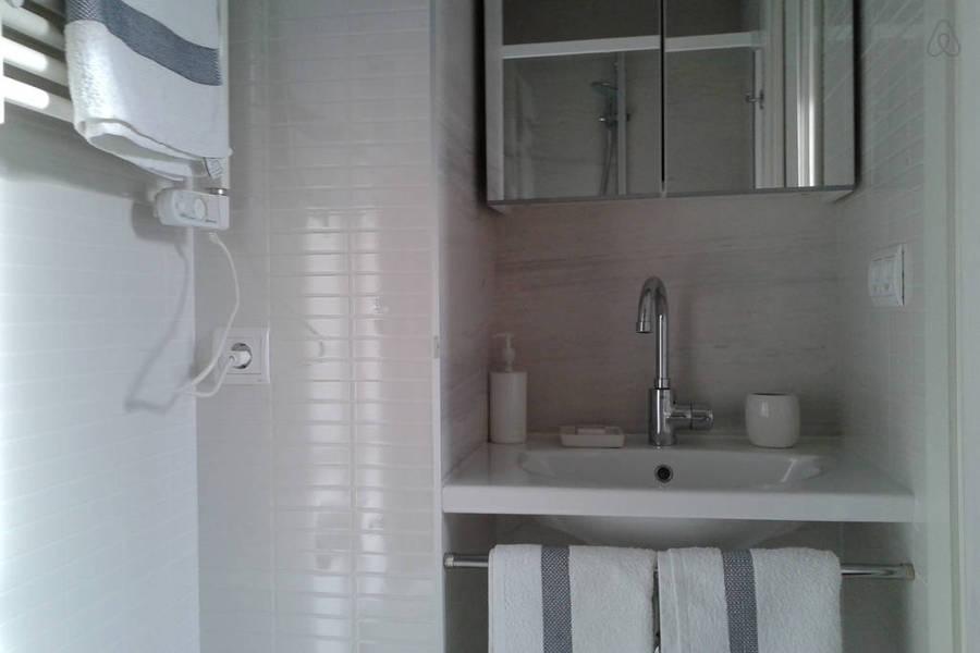 baño de pequeñas dimensiones
