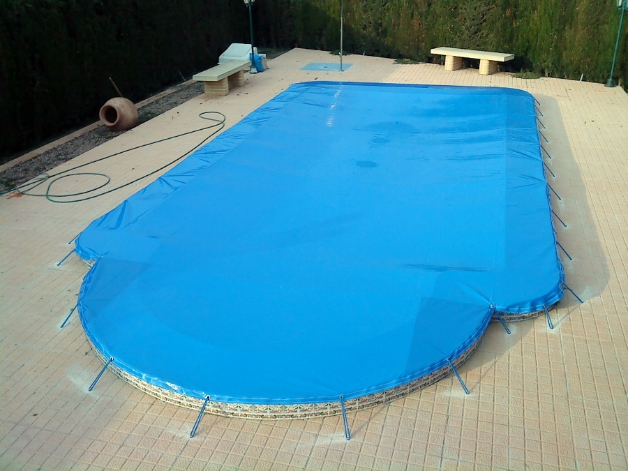 Foto cobertor de piscina de nortoldo 297811 habitissimo - Cobertor de piscina ...