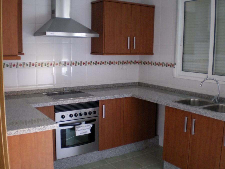 Foto cocina 4 1 de construye cogollos s l 155340 for Habitissimo cocinas