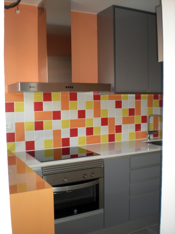 Foto cocina completa de rehabilitacio i mantenimet prosoc for Presupuesto cocina completa