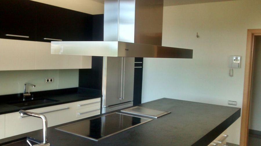 Foto cocina de lujo de amar tu casa 634670 habitissimo for Cocinas de lujo madrid