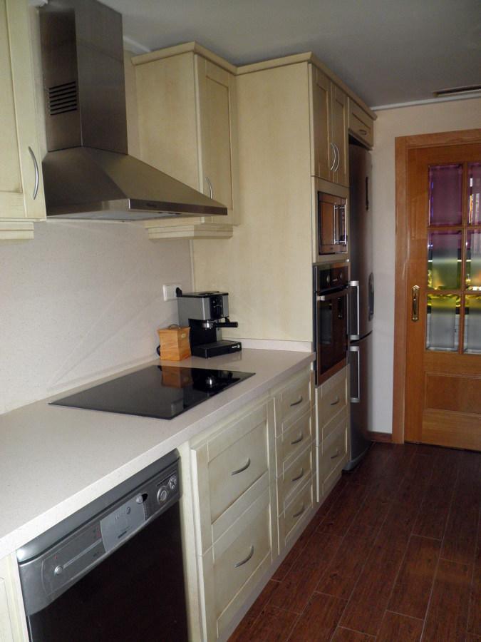 Foto cocina de madera de ana belen duart 436422 - Montadores de cocinas ...