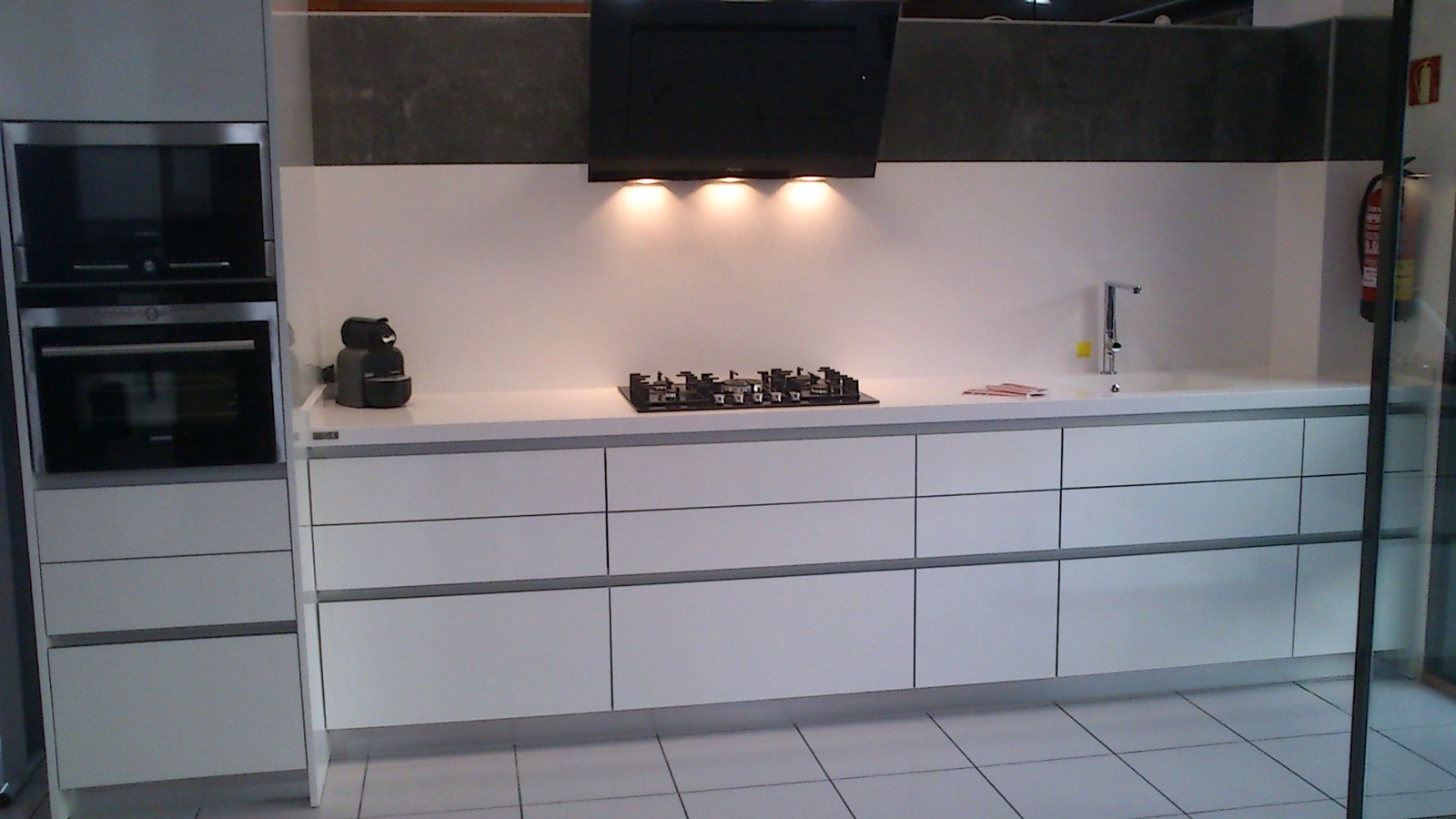 Foto cocina exposici n de rm reformes i materials 240747 habitissimo - Cocinas exposicion ocasion ...