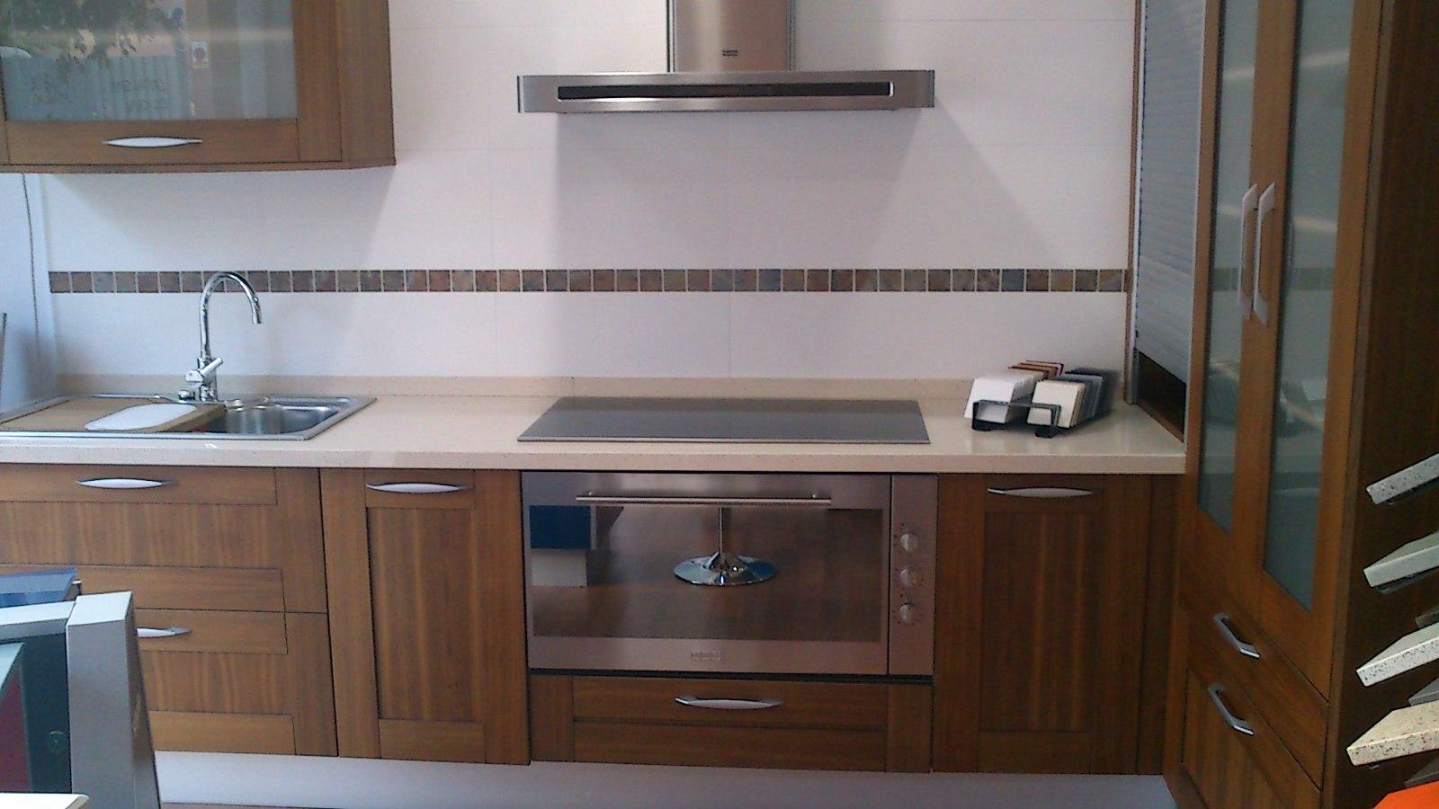 Foto cocina exposici n de rm reformes i materials for Muebles de cocina de exposicion