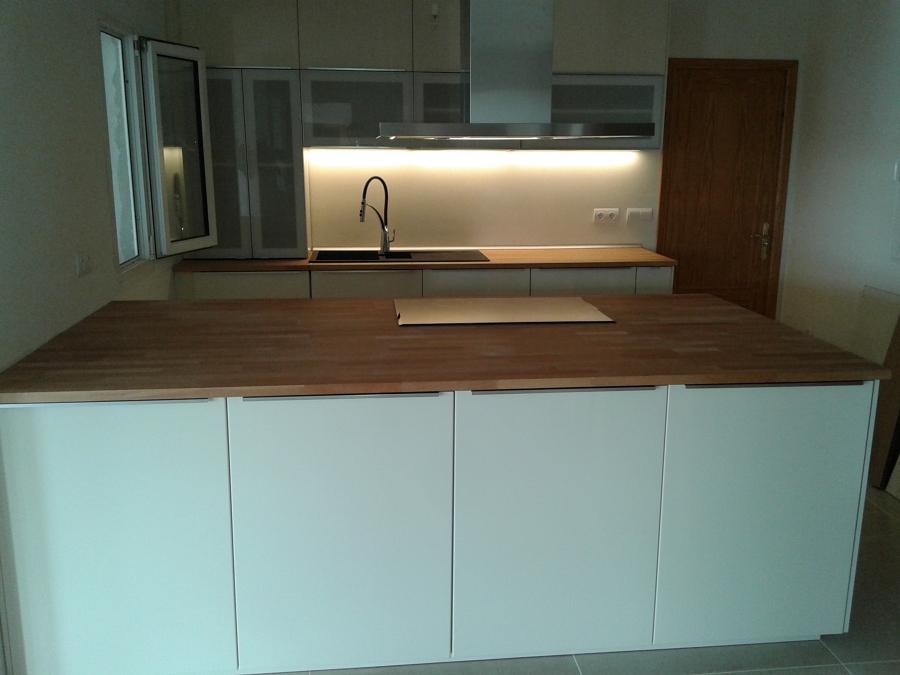 Foto cocina ikea modelo ringhult de montador de muebles for Cocinas en ikea murcia