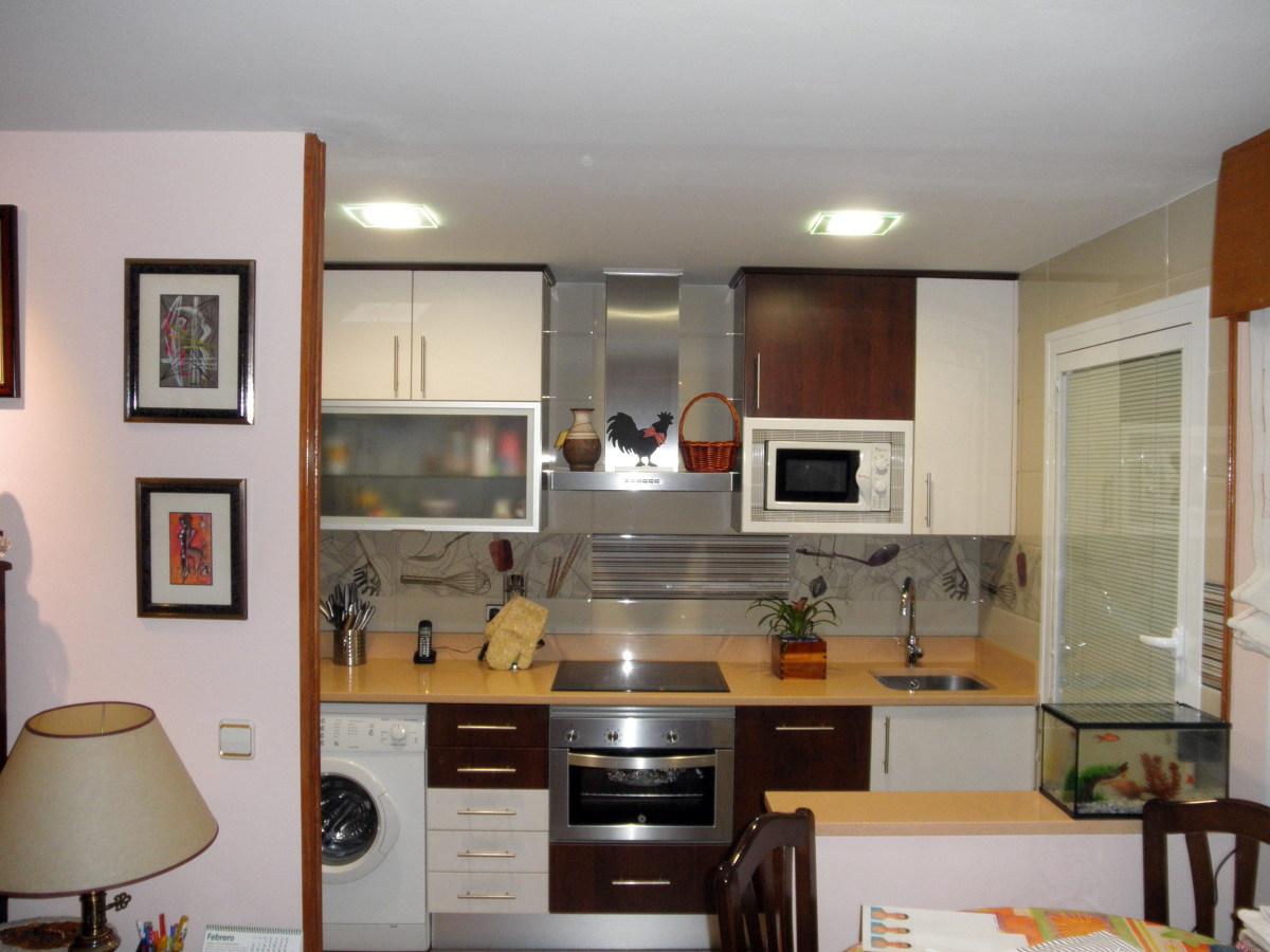Foto cocina tipo americano de construcciones af 315500 for Cocinas tipo americano modernas