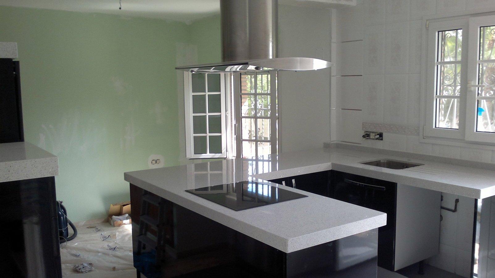 foto cocina tipo isla de alcomarmol sl 274389 habitissimo
