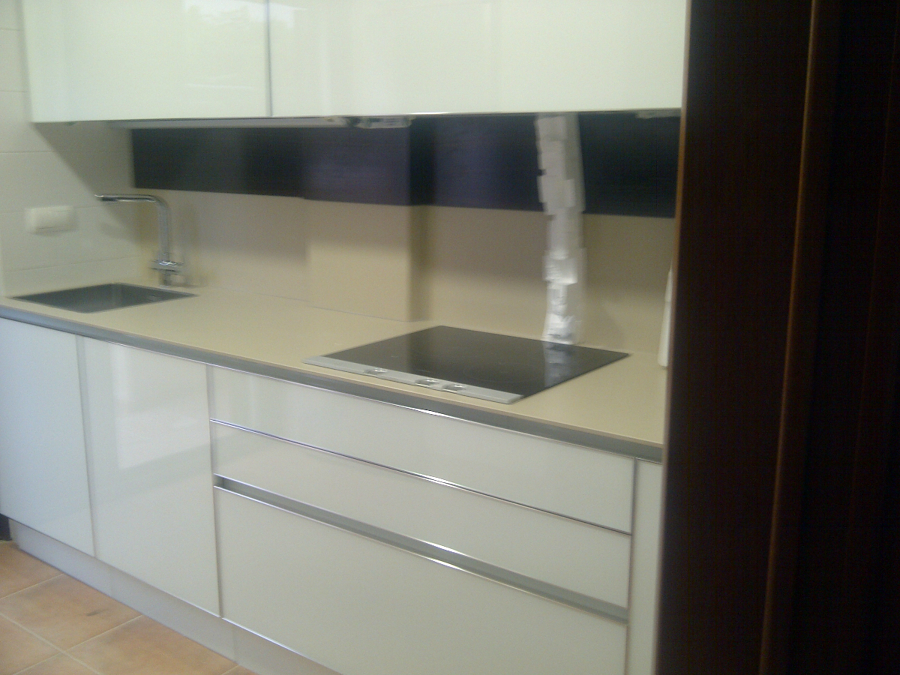 Foto cocina de c mara muebles 399141 habitissimo for Muebles de cocina huesca
