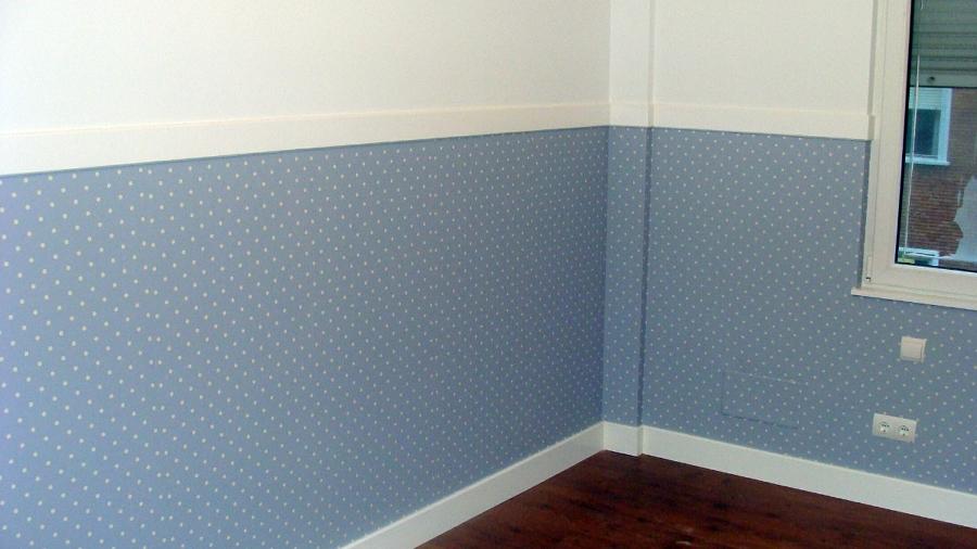 Foto colocaci n de papel pintado y lacado de z calo y for Papel pintado para puertas