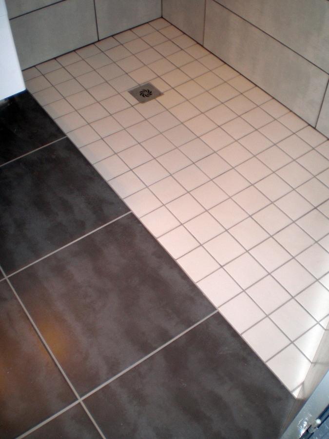 colocación de plato de ducha de obra