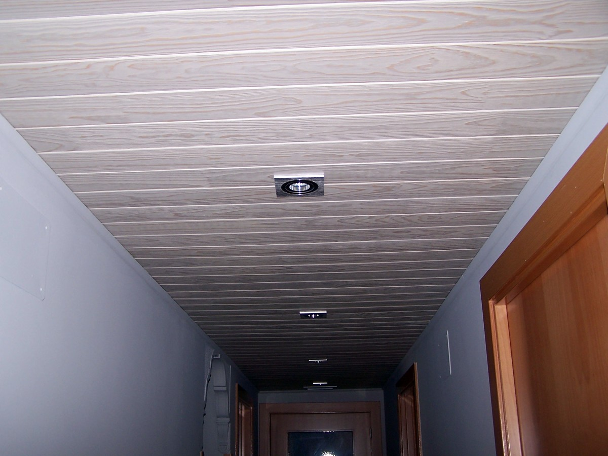 Foto colocaci n de techo de madera de juan antonio - Colocacion de parquet de madera ...