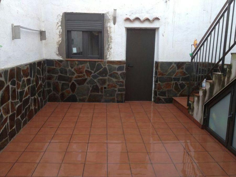 colocacin de ventana y zcalo de piedra - Zocalos De Piedra