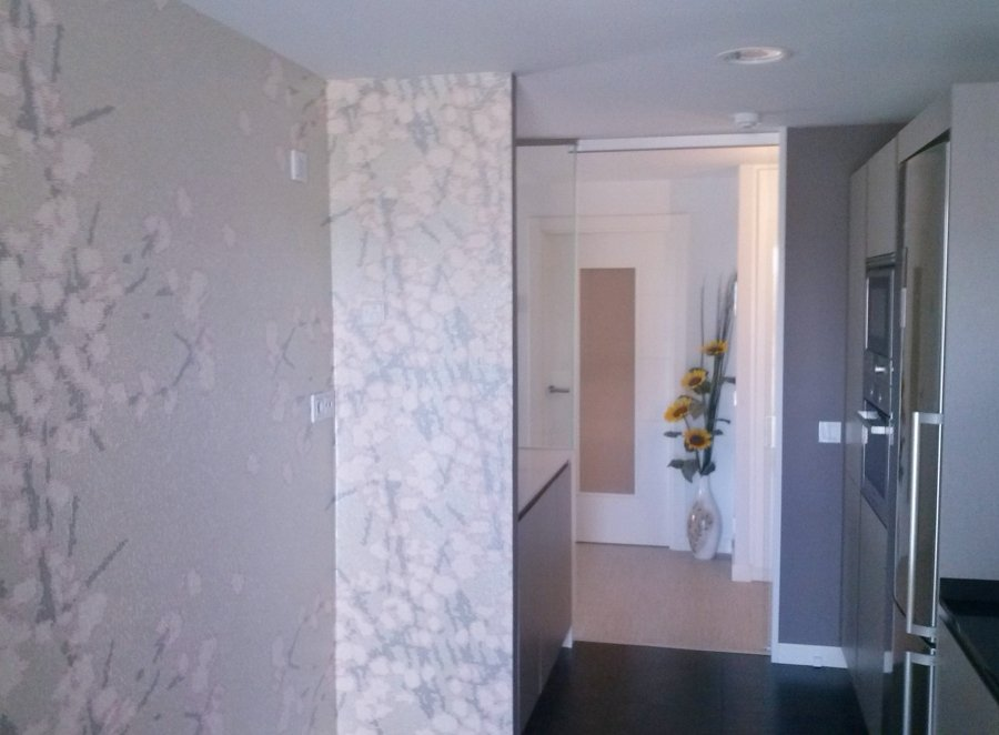 Foto colocaci n papel pintado en cocina de actual for Papel pintado tenerife