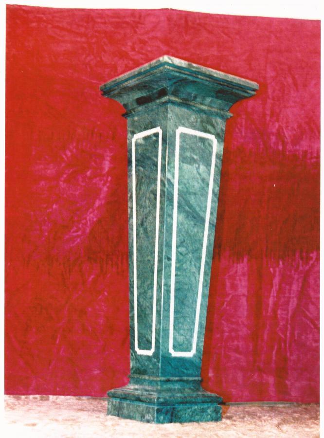 Columna mármol: VERDE ORIENTAL..