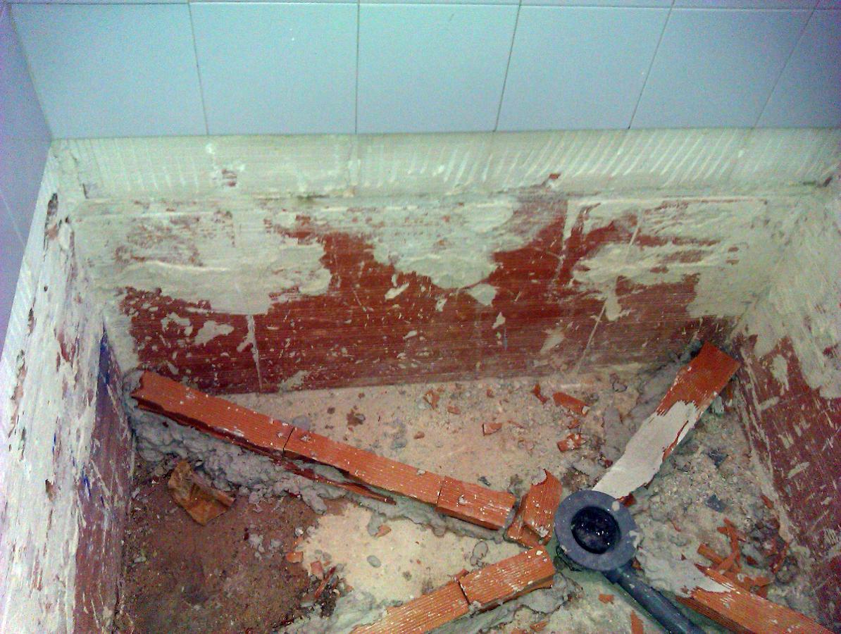 Foto como hacer un plato de ducha de obra de aurelantonio - Como instalar un plato de ducha ...