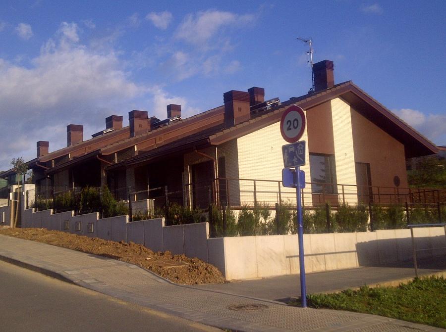 Foto: Construcciu00f3n de 3 Chalets en Sopelana de Construcciones Urrutia ...