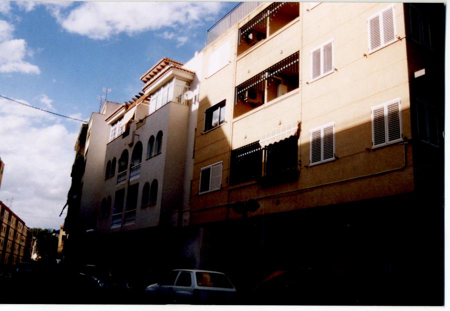 Construcción de edificio de viviendas