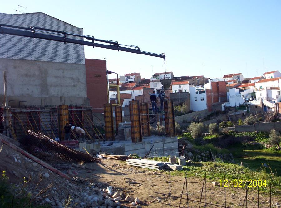 Foto construccion de muros de hormigon de construcciones olivares y mateos 465188 habitissimo - Muros de hormigon ...