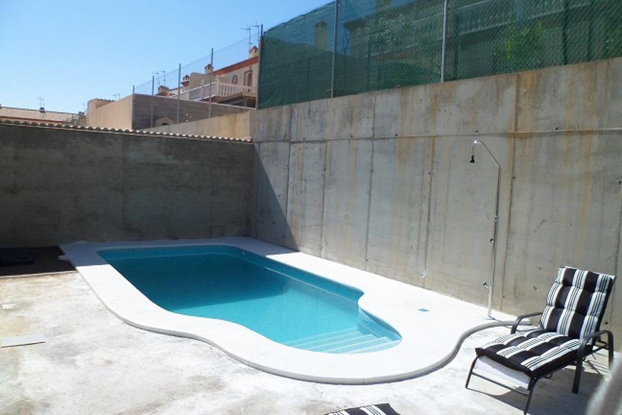 Foto construccion de piscinas en sevilla de piscina for Piscinas abiertas en sevilla