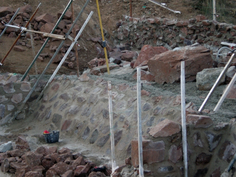 construcción de presa en Ciudad Real