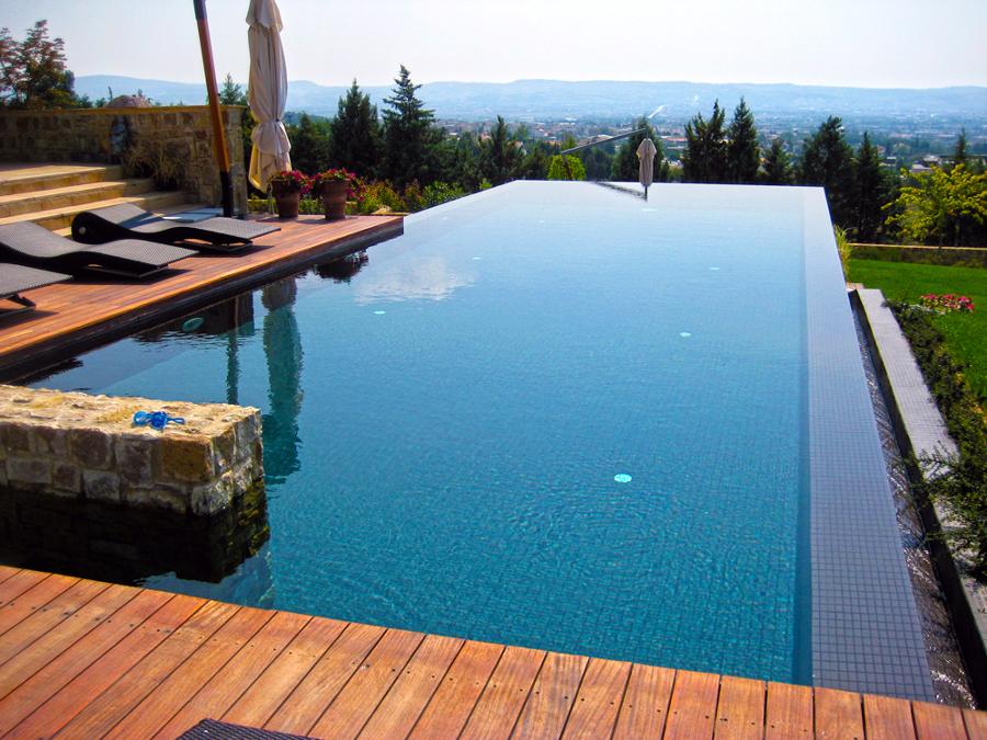 Foto construcci n piscinas piscinas de obra de tienda for Precio construccion piscina de obra