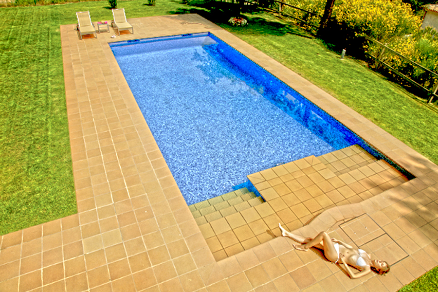 Foto construcci n piscinas piscinas de obra de tienda for Costos de piscinas