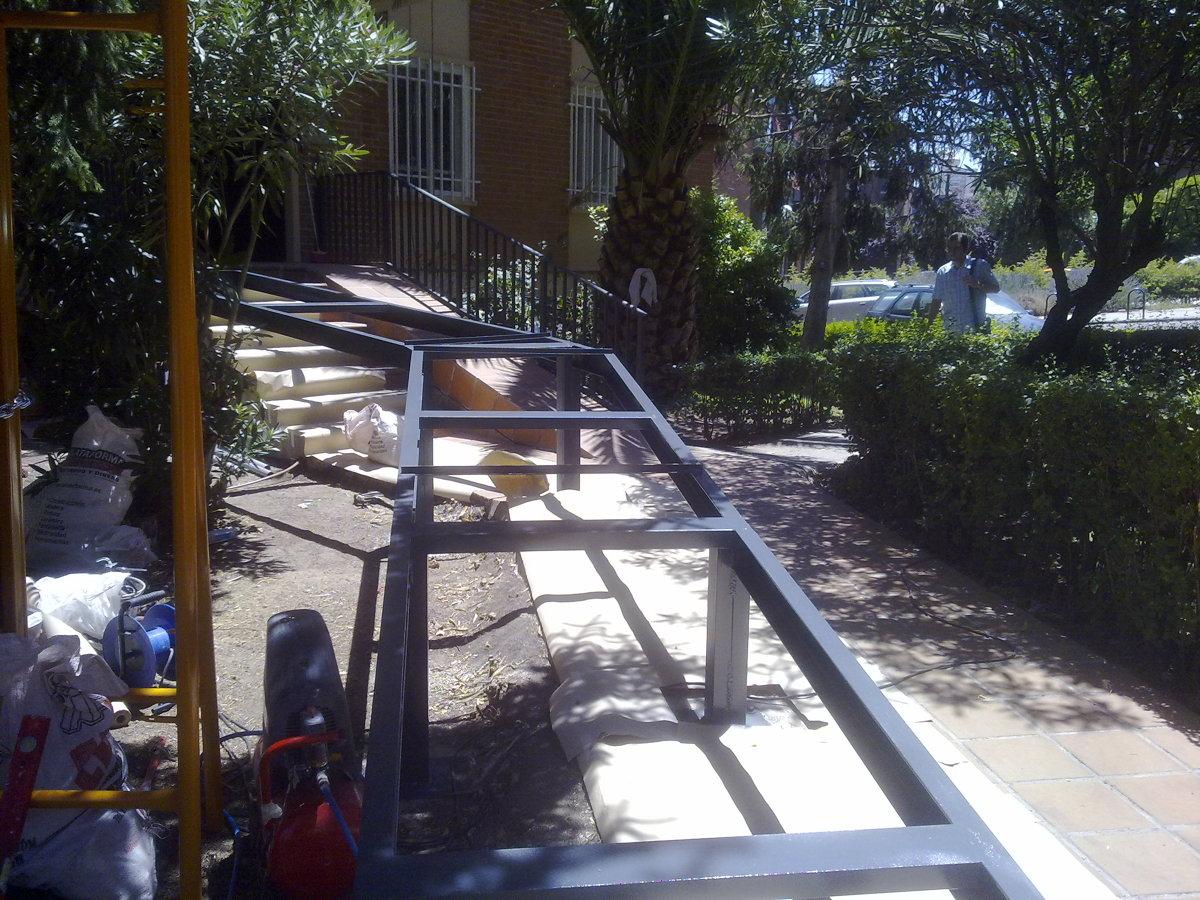 Foto Construccion Rampa Minusvalidos Y Modificacion De