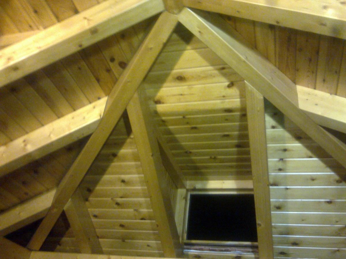 Foto construccion tejado cuatro aguas de construcciones - Tejado a cuatro aguas ...