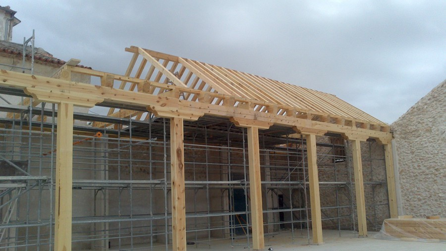 Foto construcion de bodega de madera de jj carpinteros c b 517938 habitissimo - Carpintero tarragona ...