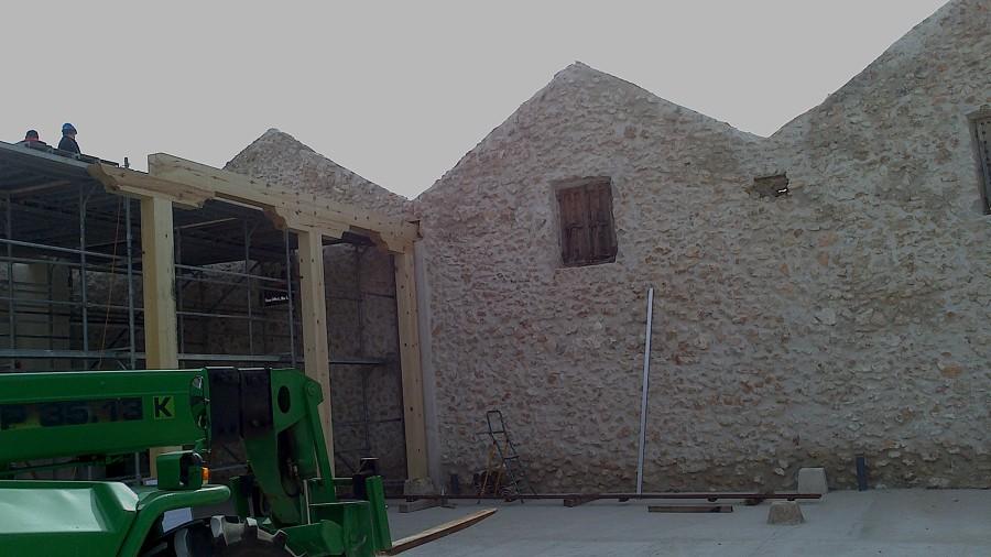 Foto construcion de estructura de madera bodega de jj - Carpinteros en valladolid ...