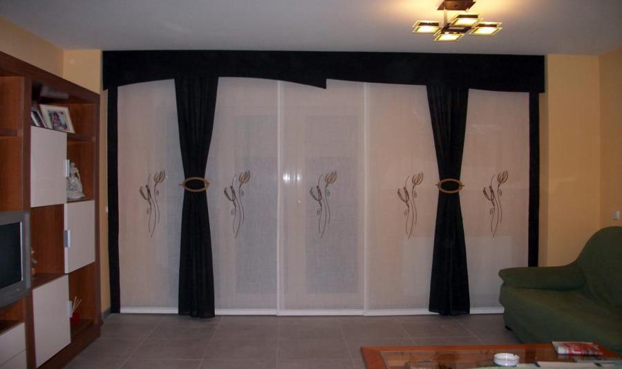 Foto coordinado de 5 paneles de cortinas amalia duran 225938 habitissimo - Paneles chinos cortinas ...
