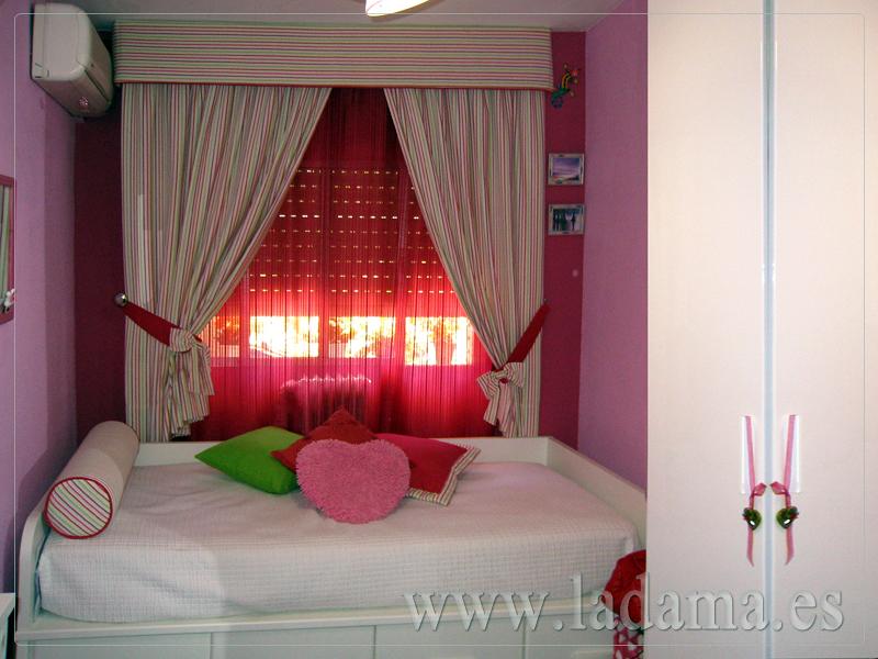 Foto cortinas en habitaci n juvenil de la dama decoraci n - Cortinas habitacion juvenil ...