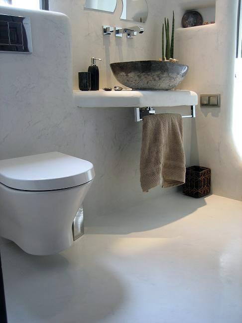 Cuartos De Baño En Microcemento:Foto: Cuarto de Baño Blanco de Komcret® Málaga Microcemento #144746