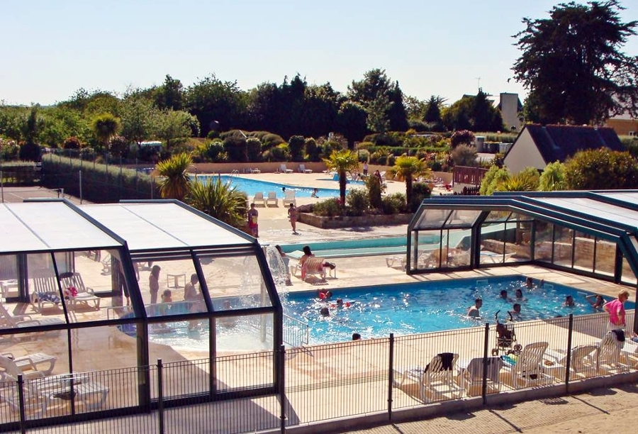Foto cubierta de piscina cubripiscinas de cubripiscinas for Piscina cubierta zaragoza