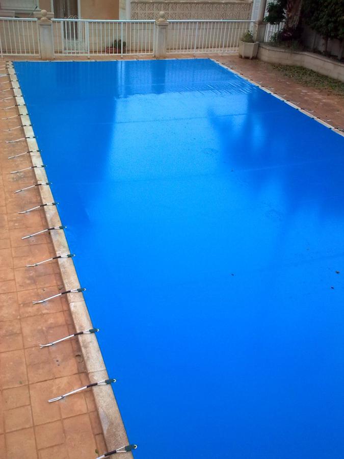 Foto cubierta de piscina de toldos yecla 322908 for Piscina cubierta alminares granada