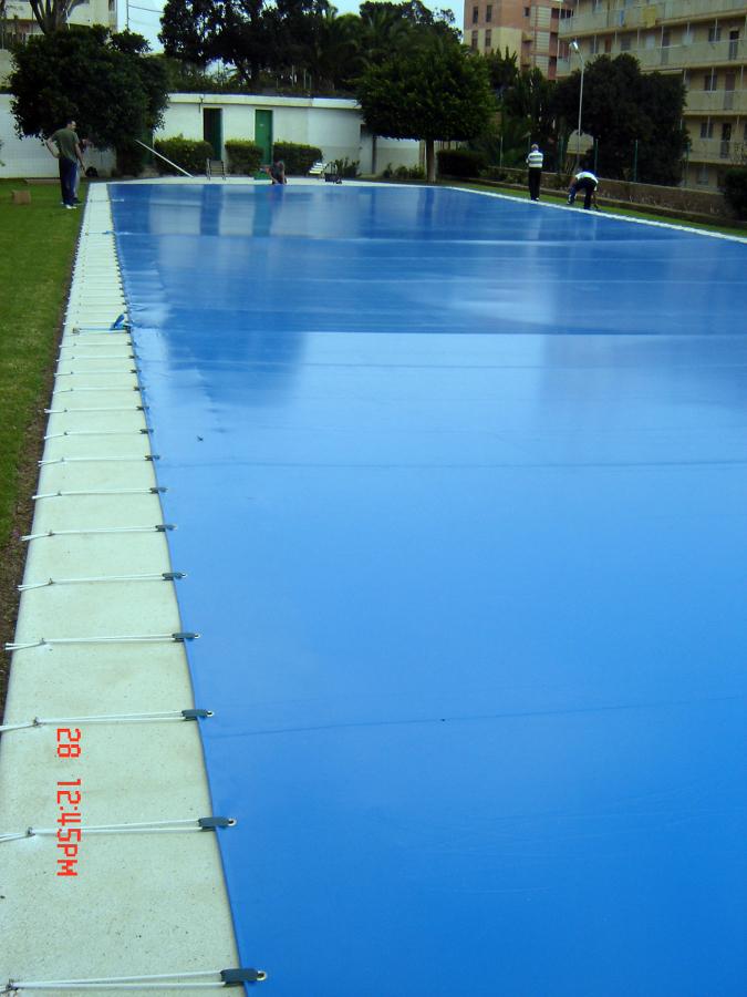 Foto cubierta de piscina de toldos yecla 322918 for Piscina cubierta zaragoza