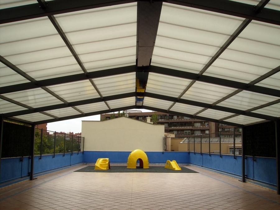 Foto cubierta para patio de recreo en colegio de madrid - Cubiertas para patios ...