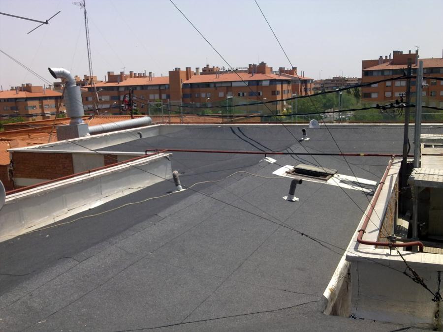 Foto cubierta tela asfaltica de todo tejados 141122 for Tejados de madera con tela asfaltica