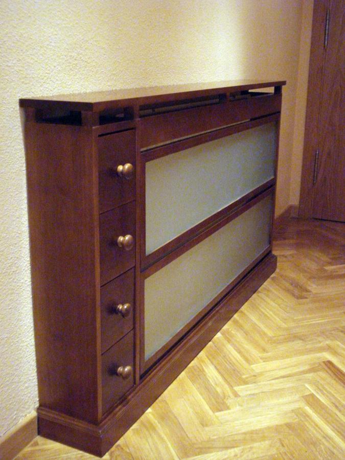 Foto cubre radiador frente cristal al cido de la alacena for Cubre escaleras
